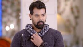Watch Iniya Iru Malargal, TV Serial from Zee Tamil, online
